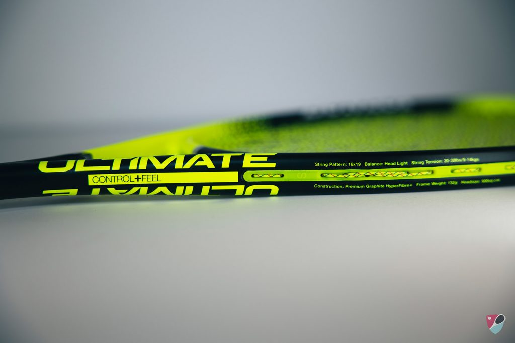 gros plan sur le cadre de la raquette Dunlop Ultimate